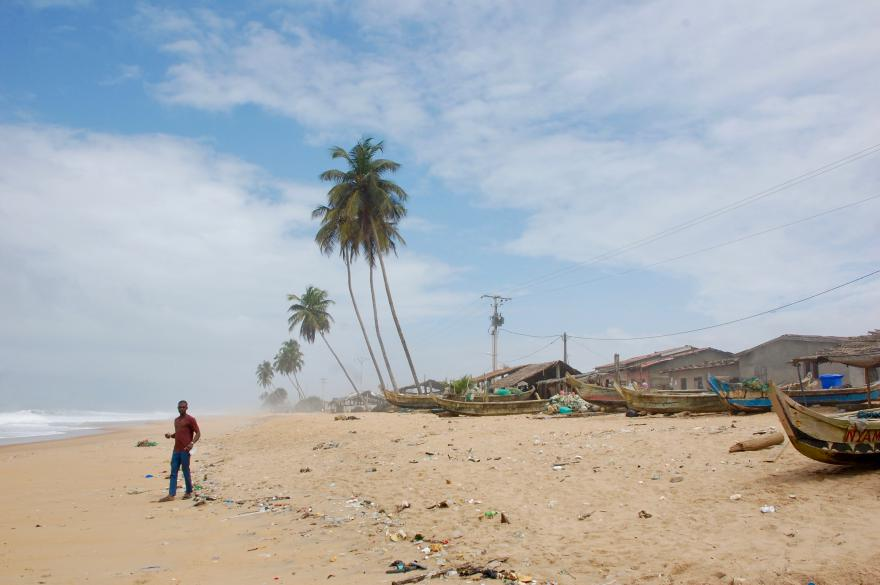 Grand-Bassam beach